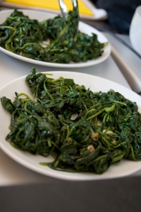Simple oriental spinach